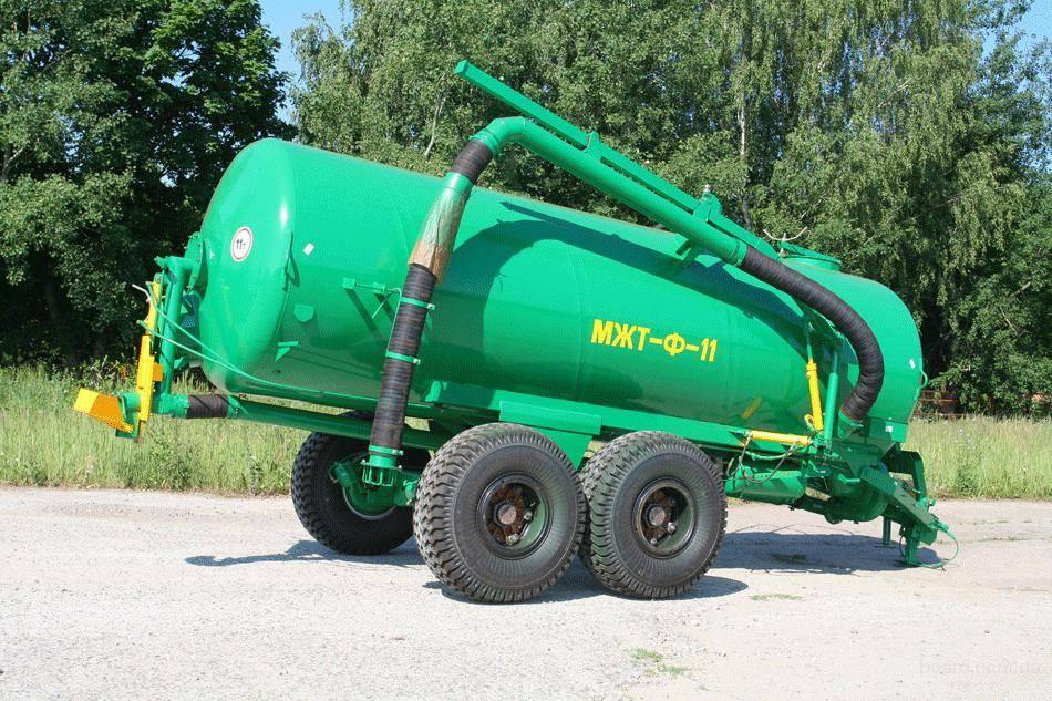 Трактор МТЗ 82.1 и опрыскиватель Polmark - YouTube